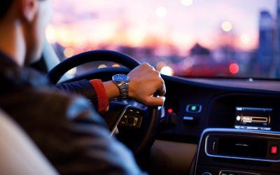 Quel montant d'allocations doit-on verser à un salarié contraint d'utiliser son véhicule pour son activité professionnelle ?